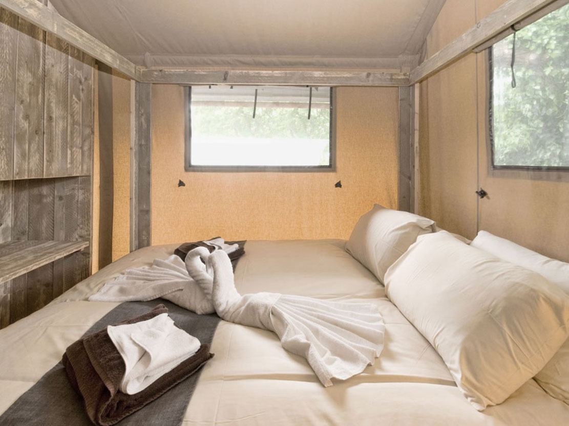 Safari Tent Plus Range bedroom