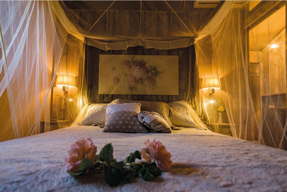 Nice Tent Bedroom #19 - Grand Safari Tent Gallery
